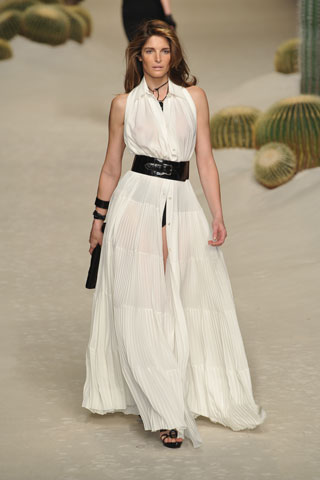 hermes-steph-in-wht-maxi-ss09