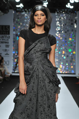 rocky-s-saree-dress-aw09