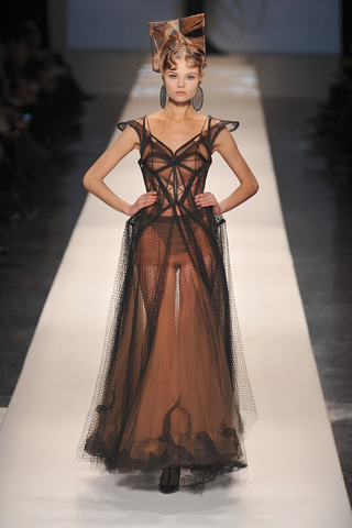 Nude Descending a Runway, Hermes Couture SS09
