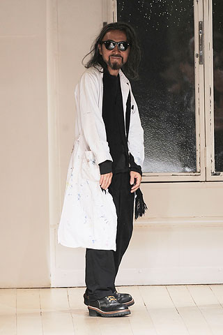 Yohji rocking the runway at his recent SS10 womenswear show