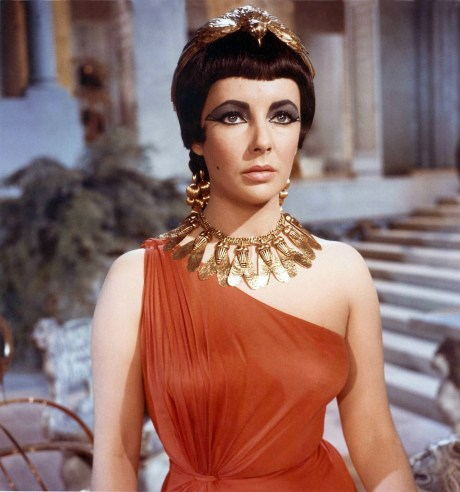 Elizabeth Taylor in Cleopatra on exshoesme.com