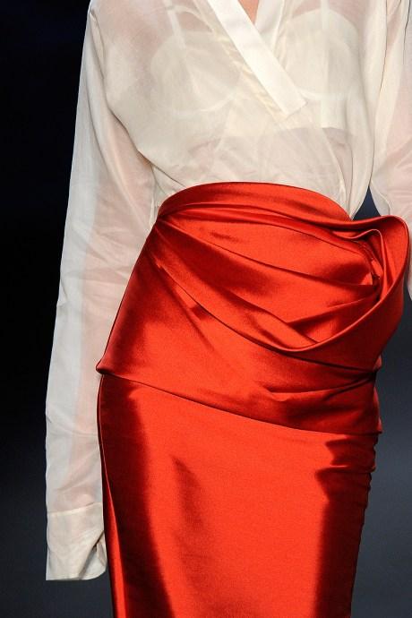 Vera Wang Twist of Colour Skirt SS11 on exshoesme.com