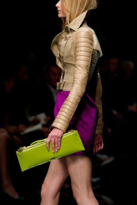 Burberry Brights Chartreuse Clutch SS11 on exshoesme.com