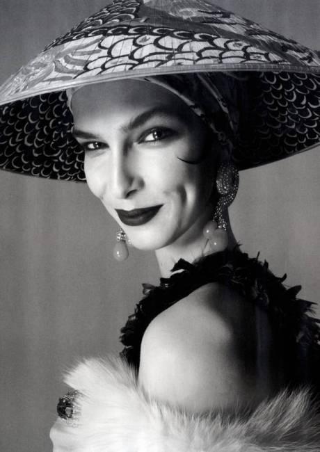Kristina-Salinovic by Steven Meisel 5 Vogue Italia April 2011 on exshoesme.com