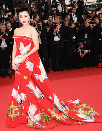 Fan Bing Bing at the 2011 Cannes Film Festival on exshoesme.com. Photo Ian Gavan: Getty Images Entertainment.