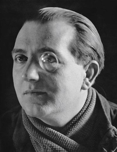 Film-maker Fritz Lang, 1929 by E.O. Hoppé on exshoesme.com
