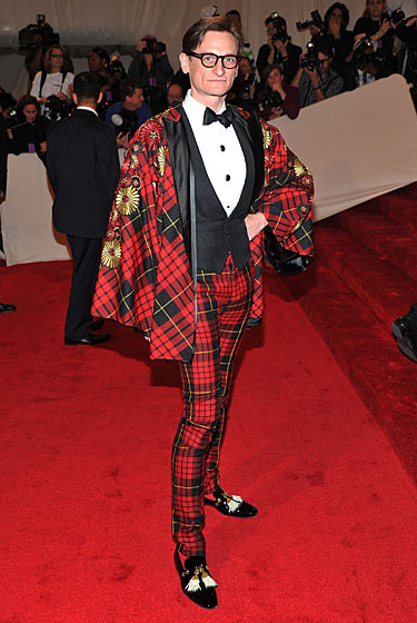"Hamish Bowles ""Alexander McQueen: Savage Beauty"" Costume Institute Gala At The Metropolitan Museum Of Art on exshoesme.com"