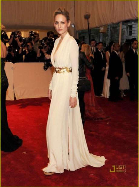 Leelee Sobieski in Alexander McQueen at the Met Ball 2011 on exshoesme.com