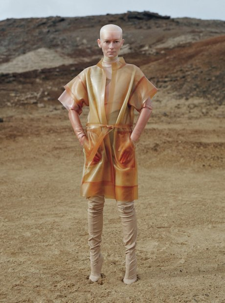 Tilda Swinton by Tim Walker W Mag Aug 2011 3 on exshoesme.com