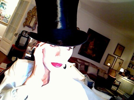 Daphne Guinness Self Portrait on Exshoesme (5)