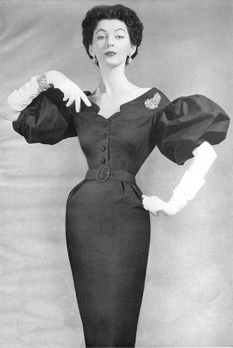 Dovima, 1953 on exshoesme.com