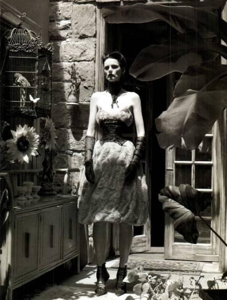 Stella Tennant for Vogue Italia Sept 2011 by Steven Meisel on exshoesme.com 2