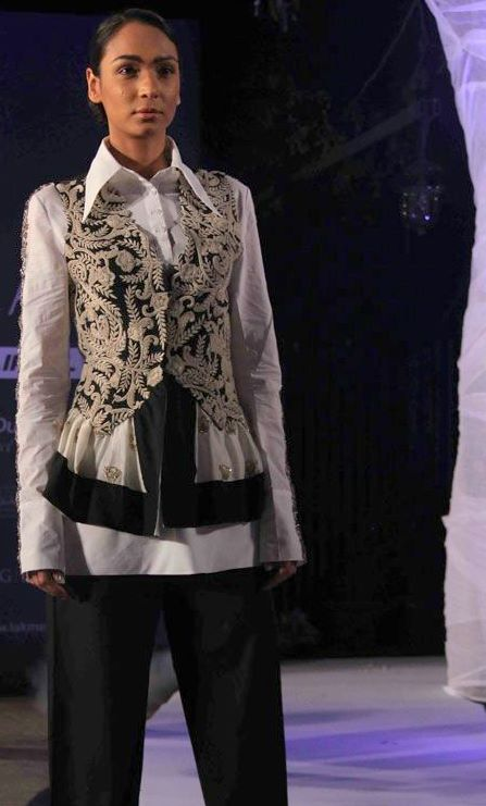 Anamika Khanna Summer Resort 2011 Black and White Embroidered Vest on exshoesme