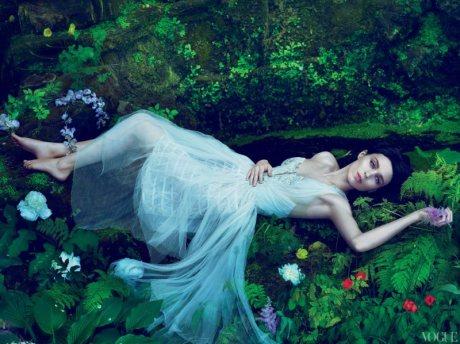 Rooney Mara in Vogue, November 2011 on Exshoesme.com
