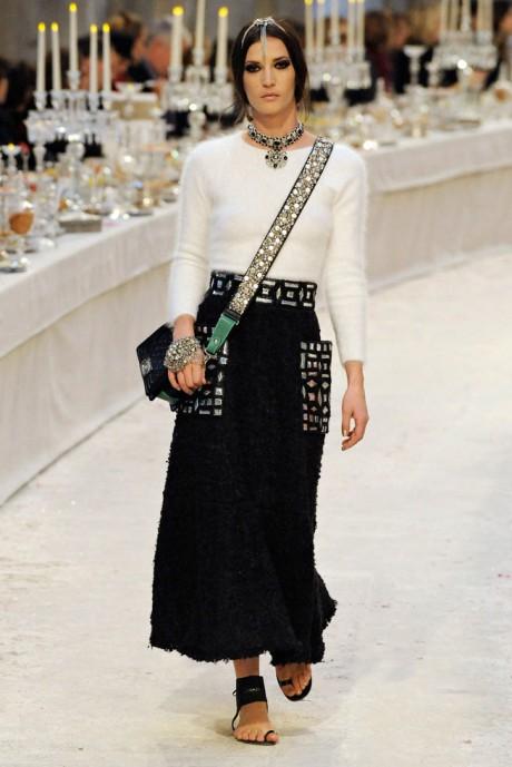 Chanel Métiers d'Art PF12 Paris-Bombay Collection Black and White on Exshoesme.com