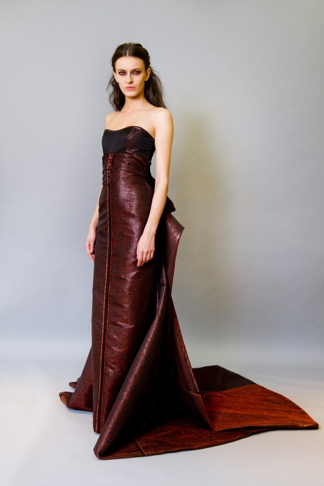 Carolina Herrera PF12 bordeaux ballgown on Exshoesme.com