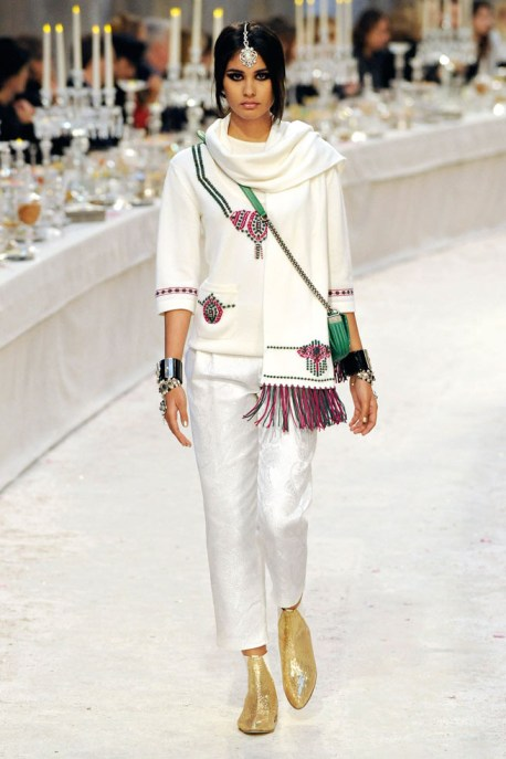 Chanel Métiers d'Art PF12 Paris-Bombay Collection Fringed Scarf, Tunic and Peg Leg Pant on Exshoesme.com