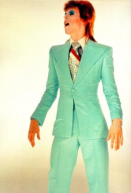 David Bowie in Green Suit on Exshoesme.com