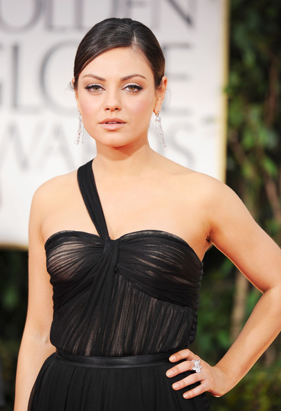 Mila Kunis in Christian Dior at the 2012 Golden Globe Awards on Exshoesme.com