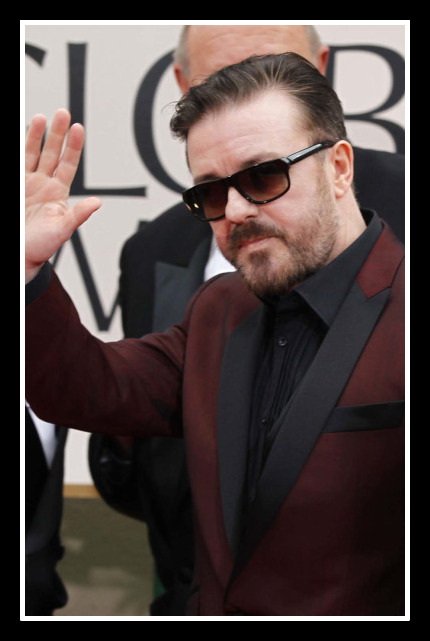 Ricky Gervais in Ted Baker at the 2012 Golden Globe Awards on Exshoesme.com