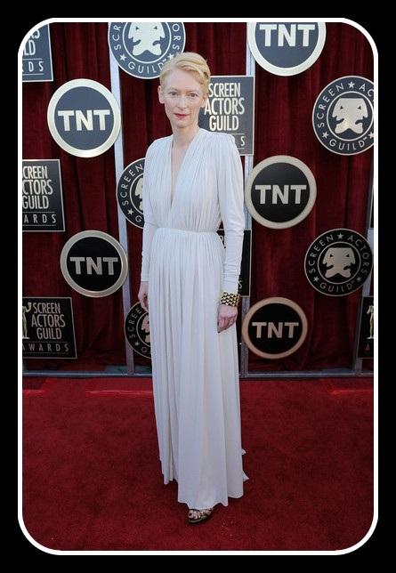 Tilda Swinton in Lanvin full dress at the 2012 SAG Awards on Exshoesme.com