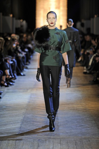 YSL FW12 Green Silk Tunic with Calla Lily Print, Black Capris and Black Boots on Exshoesme.com