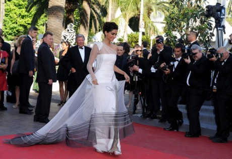 Sonam Kapoor at the 2011 Cannes Film Festival. Photo by Bauer Griffin on Exshoesme.com