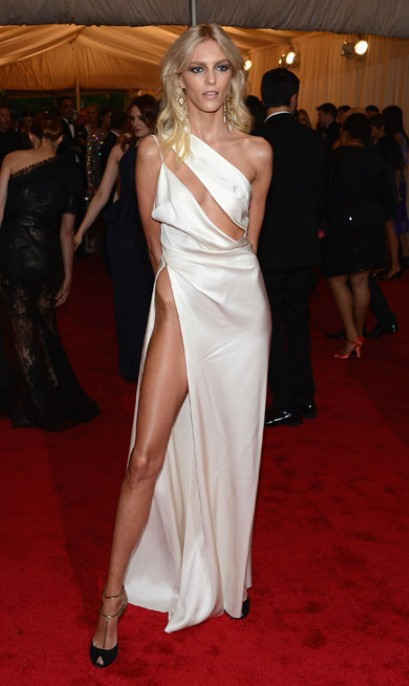 5. Anja Rubik's Hip in Anthony Vaccarello at the Metropolitan Museum of Art Gala 2012 on Exshoesme.com