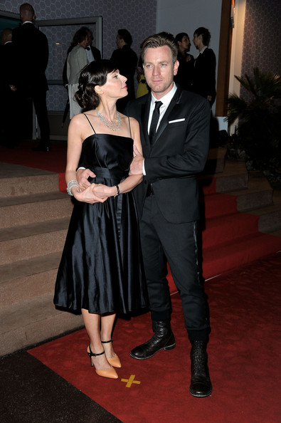 Ewan McGregor with wife Eve Mavrakis at the Cannes closing dinner in May 2012 on Exshoesme.com