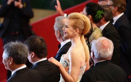 4 Nicole Kidman's pohawk ponytail at the Cannes 2013 Opening Ceremony on Exshoesme.com. Photo Vittorio Zunino Celotto