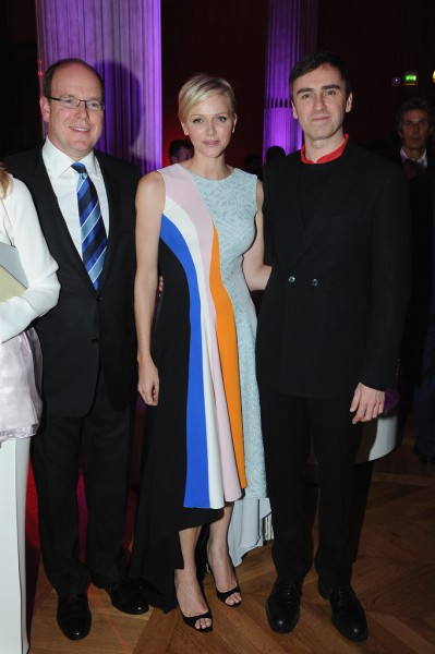 Prince Albert II of Monaco, Princess Charlene of Monaco and Raf Simons at the Dior Resort Cocktail Party on Exshoesme.com. Photo Pascal Le Segretain