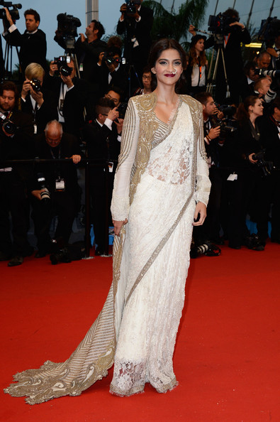 Sonam Kapoor in Anamika Khanna at the Cannes 2013 Opening Ceremony on Exshoesme.com. Photo Pascal Le Segretain