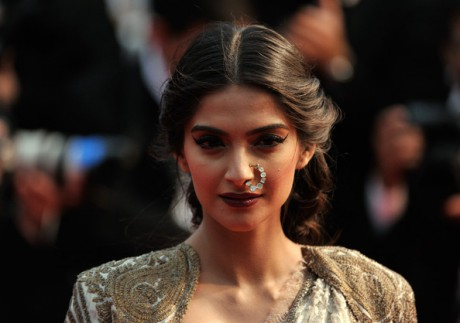 Sonam Kapoor's hair and makeup at the Cannes 2013 Opening Ceremony on Exshoesme.com. Photo Gareth Cattermole