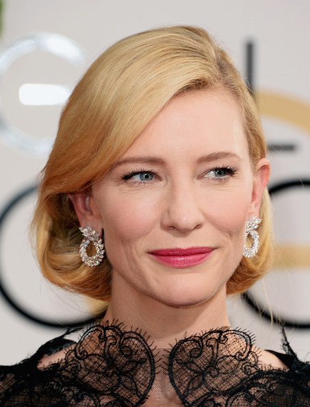 Cate Blanchett shows off her Chopards at the 2014 Golden Globe Awards on Exshoesme.com. Jason Merritt photo.