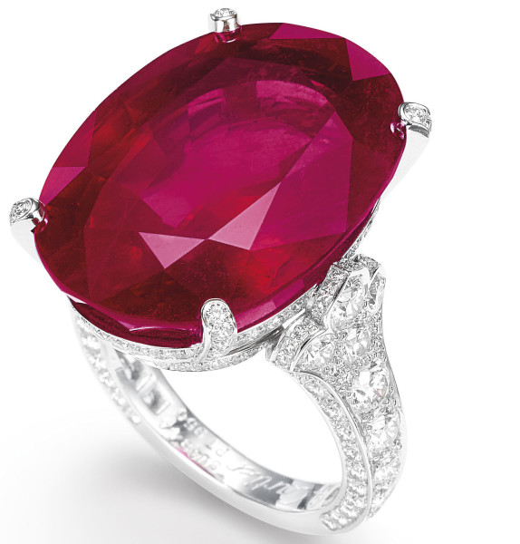 26.92-ct_Burmese_Ruby_and_Diamond_Ring,_Cartier_(1)