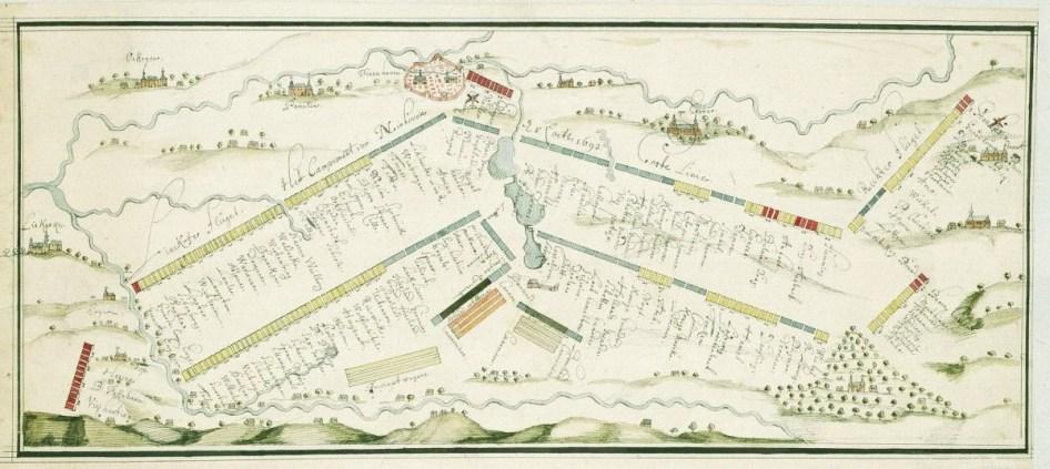 Dit grondplan van een legerkamp te Ninove in 1692 toont de strakke en geordende lay-out © Archief Ninove (privaat-bezit)