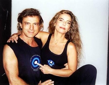 Bruna e Carlos em foto de 2001