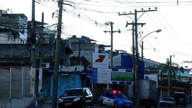 Um dos acessos ao Alemão, na Avenida do Itararé