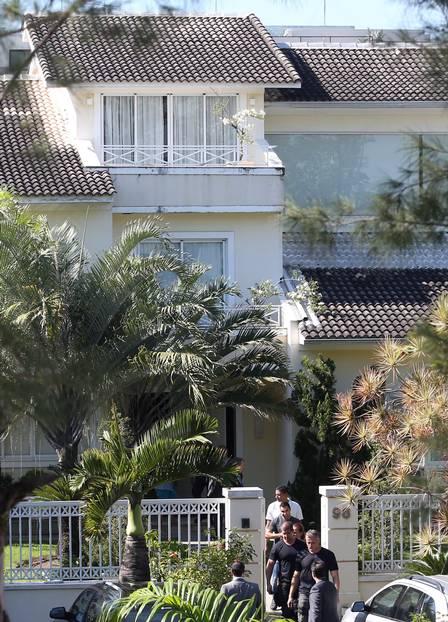 A Polícia Federal fez uma operação de busca e apreensão na casa de Cunha