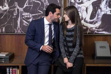 """Atriz em cena de """"Verdades secretas"""" com Rodrigo Lombardi"""