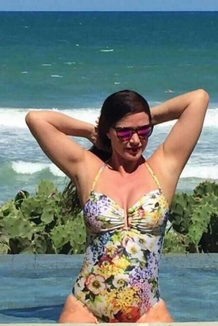 Luma de Oliveira diz que fez lipoaspiração há 15 anos