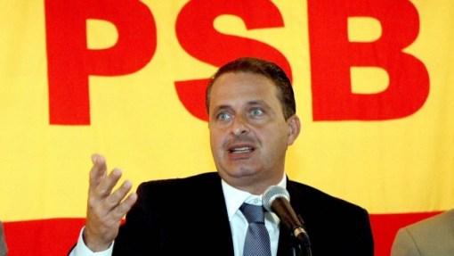 Eduardo Campos em reunião do PSB, em 2010