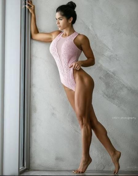 Michelle Lewins, sócia de Bruna Marquezine