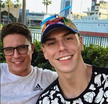 Marcelo Augusto com o namorado, Fagner Bancke Foto: Reprodução/Instagram