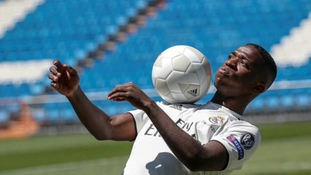 Vinicius foi contratado pelo Real Madrid a peso de ouro