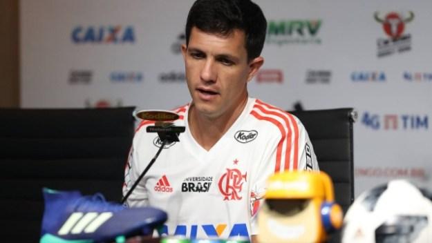 Maurício Barbieri trata o jogo contra o Corinthians como o mais importante do Fla