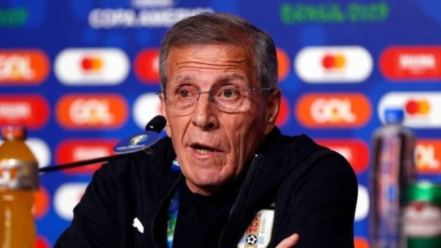 Óscar Tabárez não vê favoritismo do Uruguai