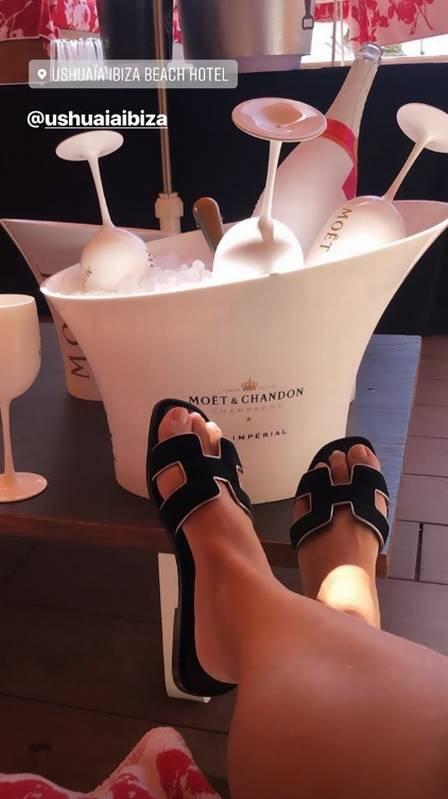 Melão curte viagem de luxo em Ibiza