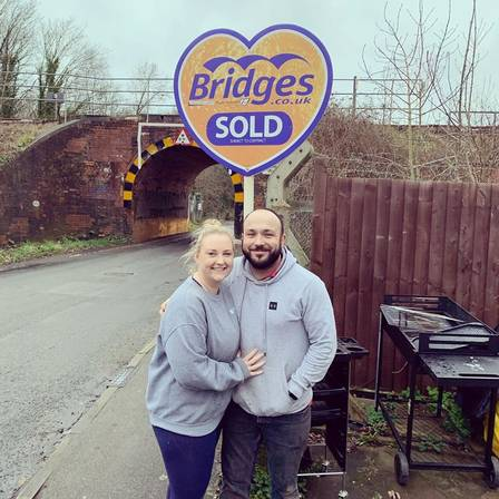 Ashleigh e o marido se mudaram em janeiro