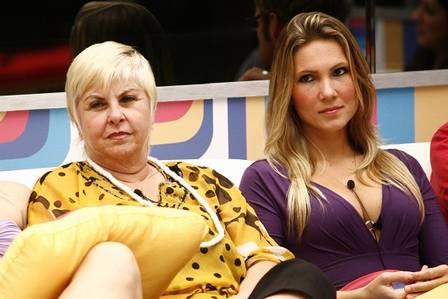 Josy Oliveira e Vovó Naná no 'BBB 9'